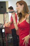 Amb motiu de Sant Joan, la Gent Gran de l'Espai de La Plaça va organitzar un ball especial amb música en directe